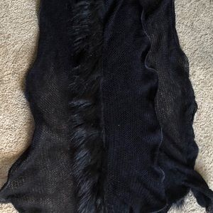 Accessories - Black knit scarf with fur